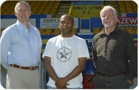 Julian Joachim with Manager Keith Webb and Chairman Ken Bobbins